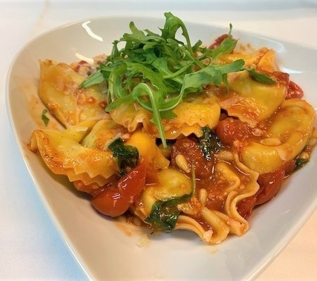 Signore pasta take away: 1Pasta & GRATIS Chocomousse of Tiramisu