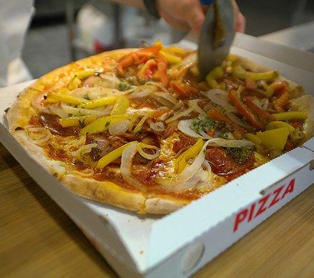 Signore pizza take away : 1Pasta & GRATIS Chocomousse of Tiramisu